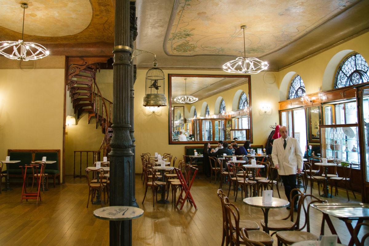 Visit Ascoli Caffè Meletti interno