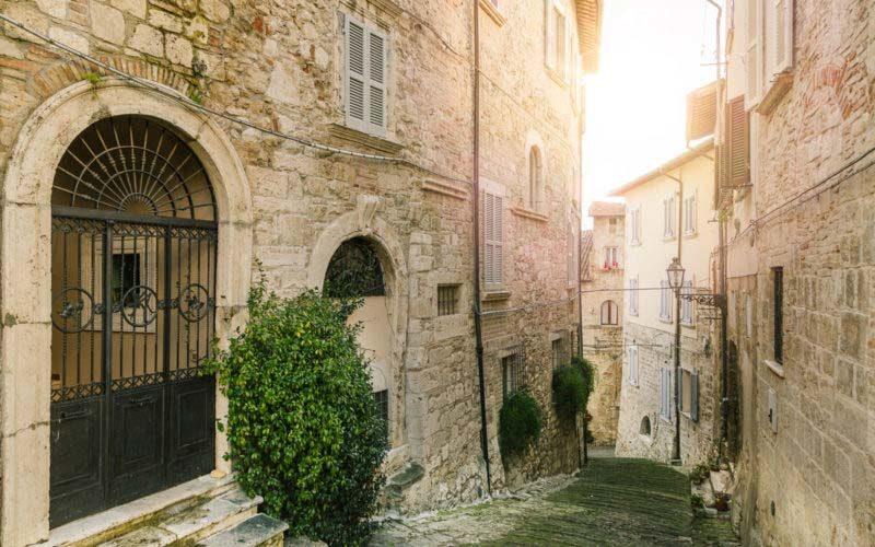 Gli antichi quartieri da vedere ad Ascoli Piceno: La Piazzarola