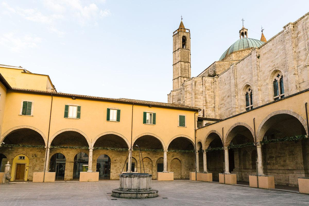 Visit Ascoli Chiostro Maggiore di San Francesco