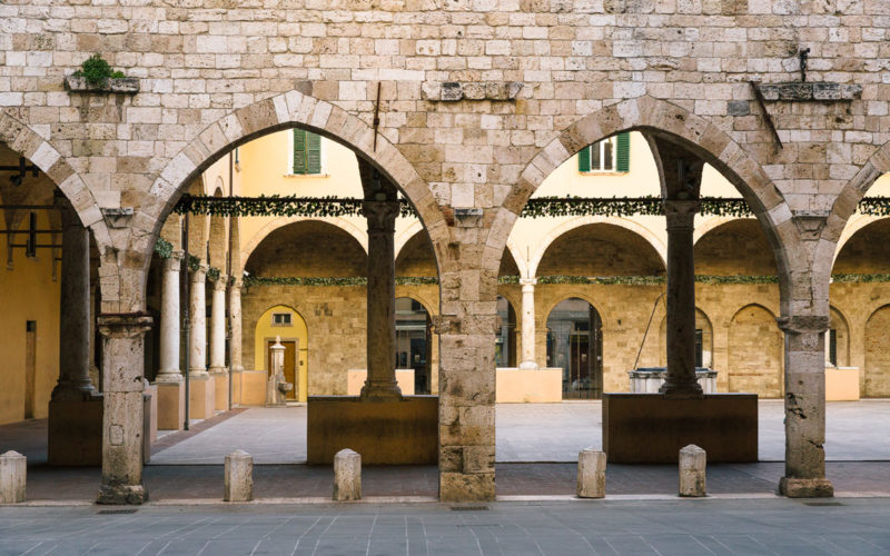 A Franciscan tour of Ascoli Piceno: the Main Cloister of the Church of St.Francis