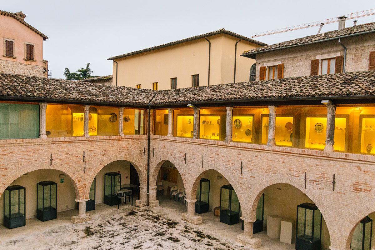 Visit Ascoli Museo della Ceramica portico interno