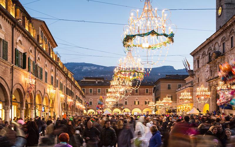 Il Carnevale di Ascoli Piceno: il buon umore è in piazza. Sempre!