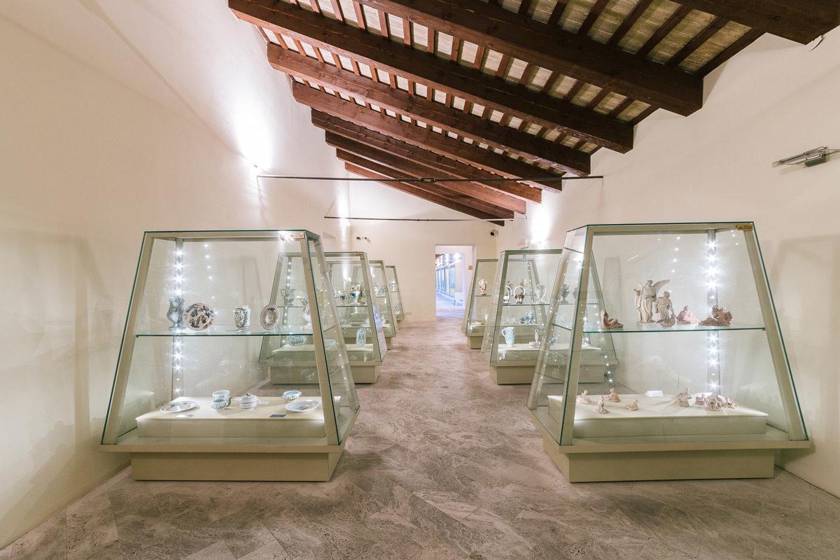 Visit aScoli Museo della ceramica eccellenza artistica della maiolica ascolana