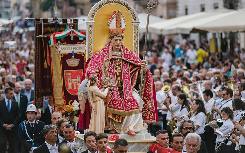 Tradizioni ad Ascoli Piceno: i festeggiamenti in onore di Sant'Emidio
